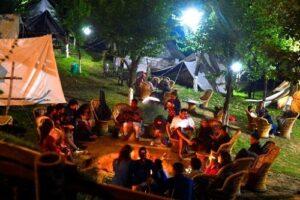 Bir Billing Paragliding & Camping Tour