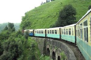 Manali Toy Train Tour