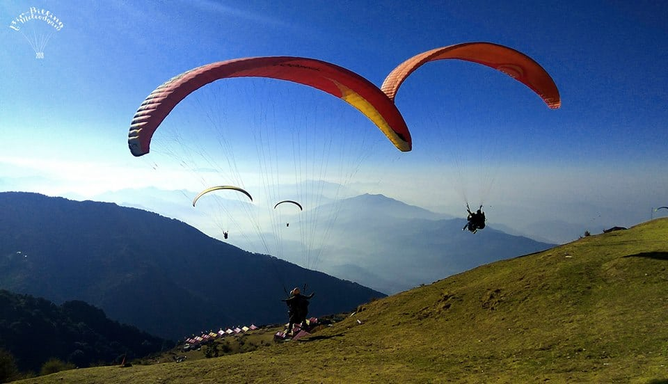 Paragliding At Himachal Pradesh