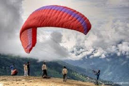 Paragliding at Marhi, Manali
